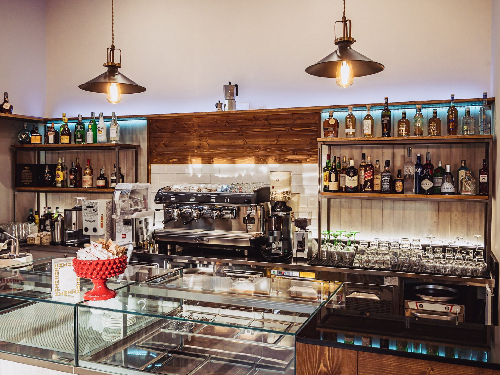 bar_recine_velletri_ristorante_bistrot_enoteca_tabaccheria_hamburgeria_panini_pub_pasta_pranzo_cena_caffe