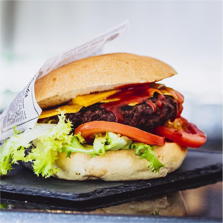 bar_recine_velletri_ristorante_bistrot_enoteca_tabaccheria_hamburgeria_panini_pub_hamburger_pranzo_cena_hotdog_carne